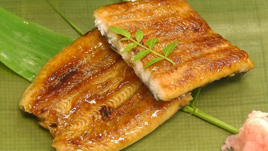 別注料理:国産うなぎの蒲焼(一人前4180円税込)