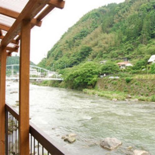 お部屋からの景色(客室一例)「玖珠川」