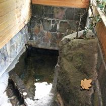 館内に2つ浴場があり、貸切風呂でご利用頂けます。源泉そのままの天然温泉を好きなだけ♪