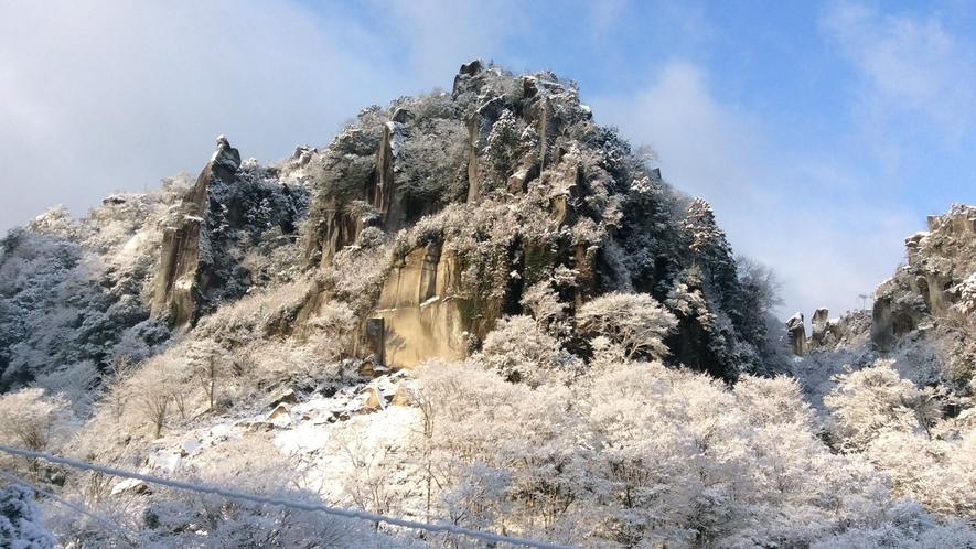 *【一目八景】深耶馬渓は美しい雪景色!冬ならではの絶景を見にいらしてください♪