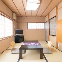 和室8畳一例