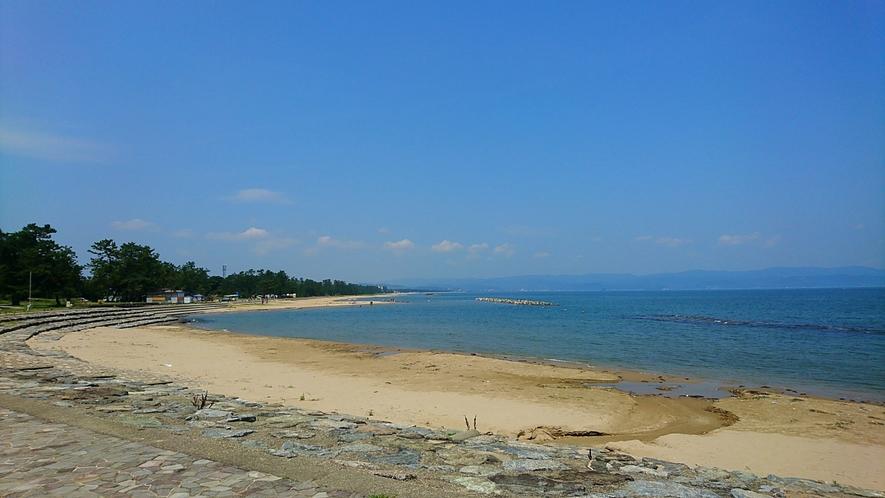 島尾海水浴場まで徒歩90秒!