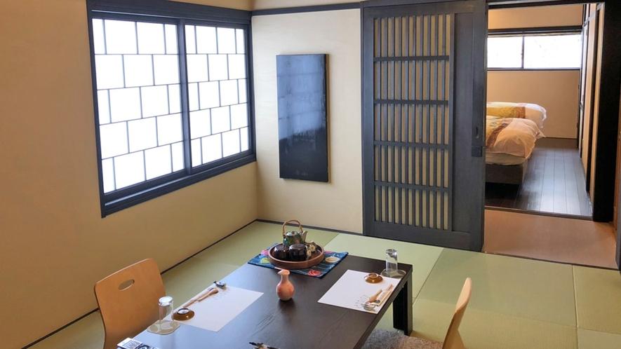 <雅-miyabi>2F和洋室8畳+ベッドルーム。寝室が分かれているので快適にお過ごしいただけます。