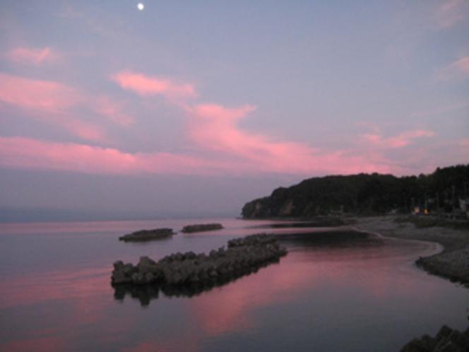 ピンクに染まる夕焼け