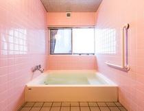 女性浴場(浴槽)