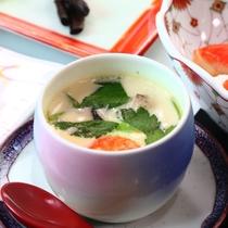 【寒ブリしゃぶしゃぶプラン料理の一例】氷見の季節の味わいが並びます