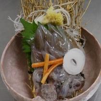 ホタルイカのお刺身、この食感。