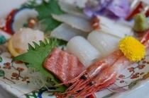 朝とれ地魚の新鮮なお刺身(氷見尽くし膳の1品)
