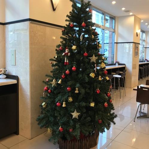 毎年恒例のクリスマスツリー