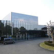 【周辺】音楽を愛する人たちの殿堂「響ホール」クラシック音楽専用ホールです。