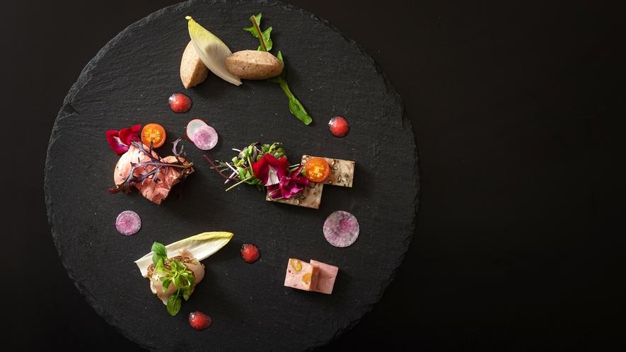 <レストラン‐ミル・エルブ>前菜盛り合わせ(メニュー一例)