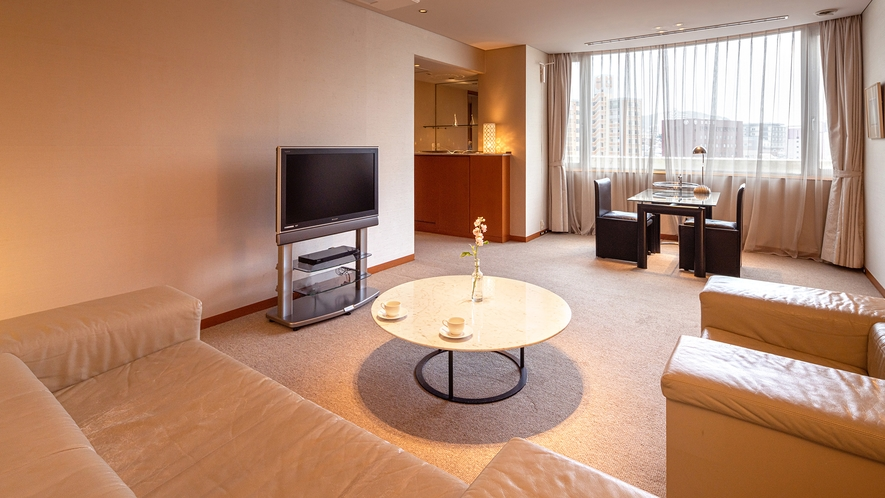 ■CHIGUSA suite:リビングルーム■