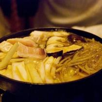 *【鍋(イメージ)】みんなでワイワイ囲む鍋料理!