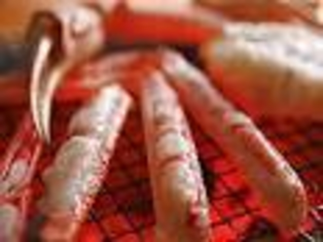 炭火で香ばしく!焼き蟹