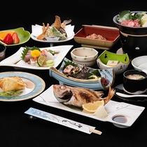 *【夕食一例】料理長が妥協することなく厳選した食材を使った季節の会席でございます。