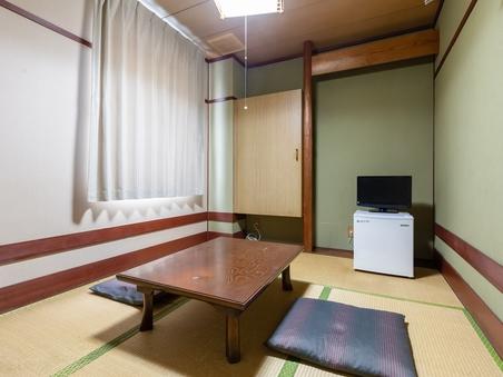 【喫煙】和室1名様(バス・トイレ共用)