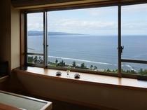 最上階「天の庭」 客室からの景観