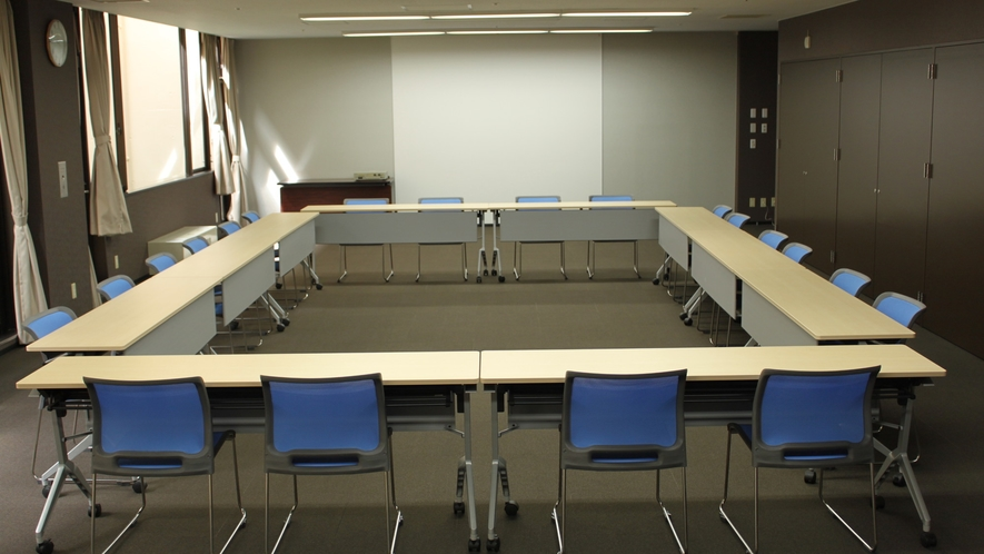 会議室「雷鳥」