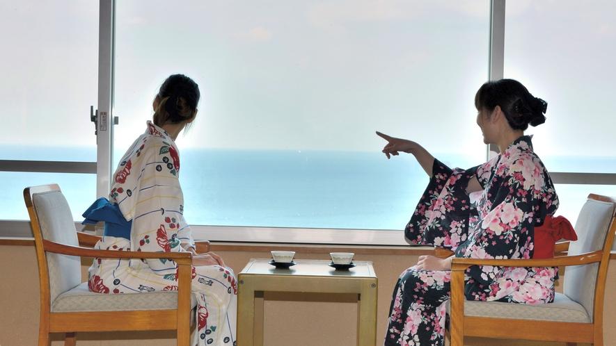 客室から富山湾を望む風景