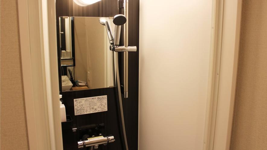 【和室】シャワールームがございます