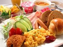 【ご朝食(洋食一例)】各自お好きなお膳をお選びくださいませ。
