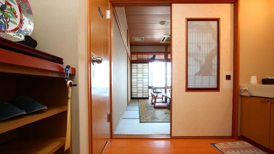 【豊】和室10畳。客室露天風呂付。有明海の見えるお部屋です♪