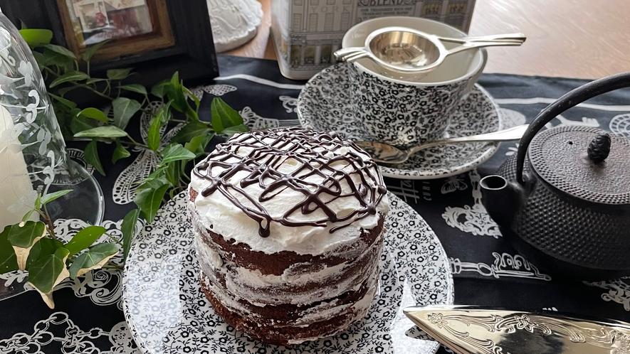 【アニバーサリーホールケーキ】ネイキッドチョコレートケーキ