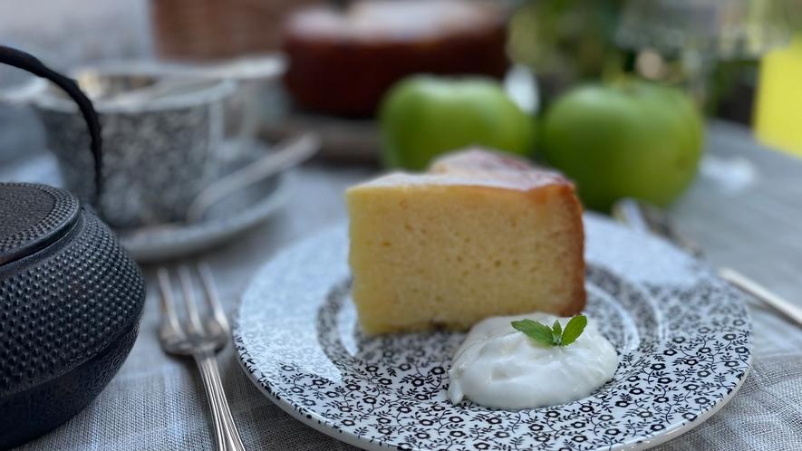 ブラムリーアップルのアップサイドダウンケーキ
