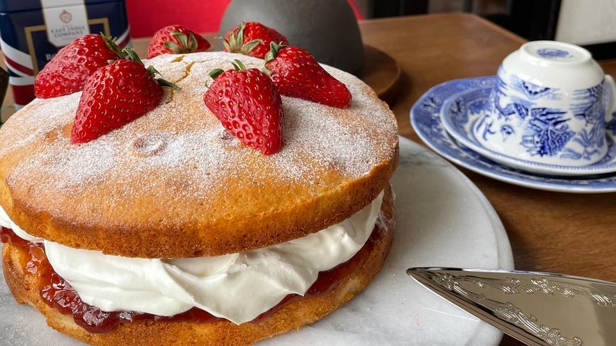 アニバーサリーホールケーキ【ヴィクトリアサンドイッチケーキ】