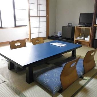 和室8〜10畳(トイレ付)