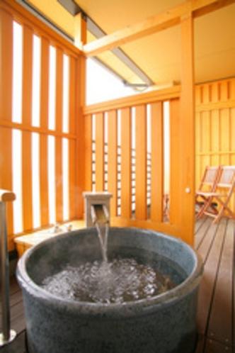 2階客室露天風呂1