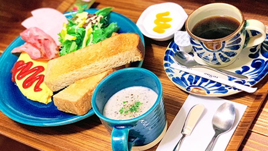 ・日替わり朝食/洋食:自家製パンなど彩り豊かなモーニング(一例)