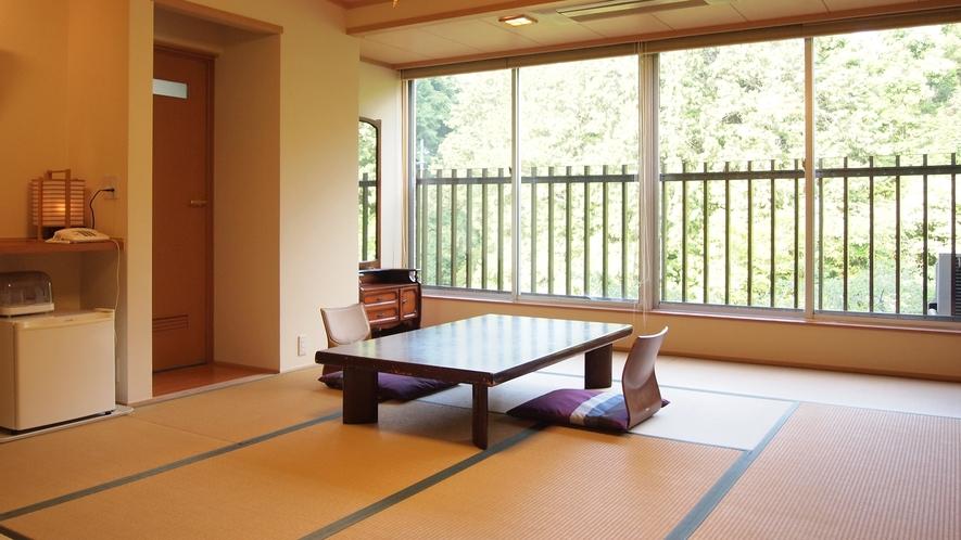 *【部屋】和室の特別室でございます。ゆっくりとお過ごしください。