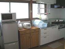 6畳2間タイプのキッチン