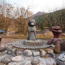 【猿ヶ京カッパ公園】愛嬌ある4匹のカッパ地蔵がいます。