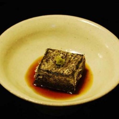 夕食より炙りごま豆腐