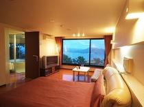 *【スタンダードダブル】美しい山並みグリーン&洞爺湖ブルーを一望できる眺望が自慢のお部屋です!