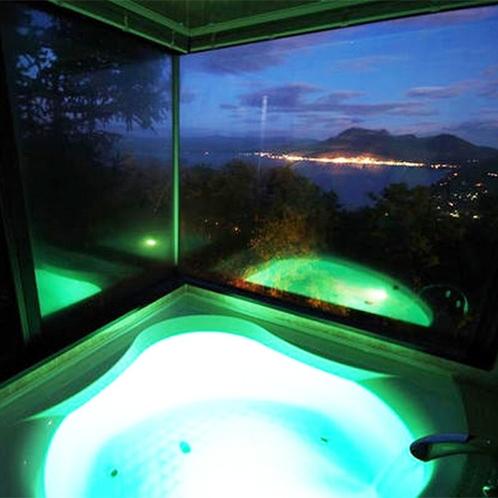 *【デラックスクィーン】全てのお風呂に楽しいイルミネーション機能付き♪