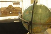 【展示物】地球儀。むかし欲しくて親にねだったものです。そんな思いでもどんどん蘇ってきます。