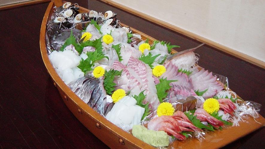 鮮魚の舟盛り(一例