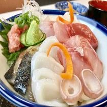 はちのへ海鮮丼