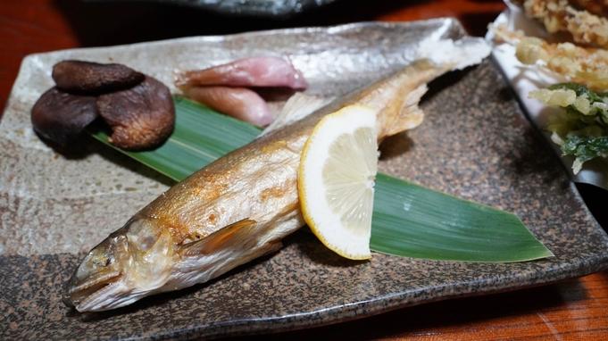 【夕食のみ】朝はゆっくりお寝坊さん。夕食は約10種類の旬の天ぷら等、若女将・若旦那手作り料理中心に