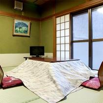 *お風呂側別館1階部屋一例/お部屋にはテレビとお茶セットをご用意しております。