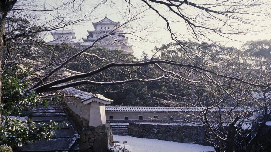 【姫路城】冬 はの門から天守