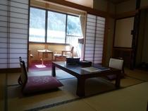 客室(7.5畳タイプ) 一例