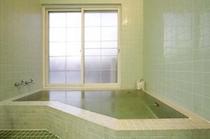 天然温泉の風呂