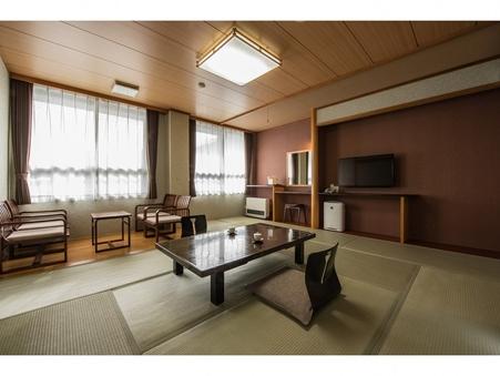 【禁煙】和室12畳(バス・トイレ付)