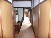ニ階 廊下
