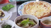 【夕食】山形の味と焼きたてピザ
