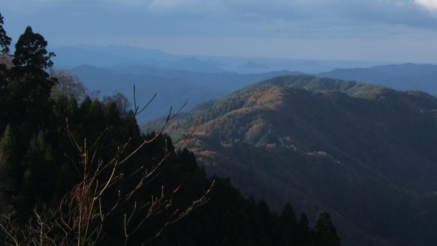 *美しい自然に囲まれた美山
